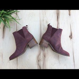 TOMS Unique Botties block heel, round toe